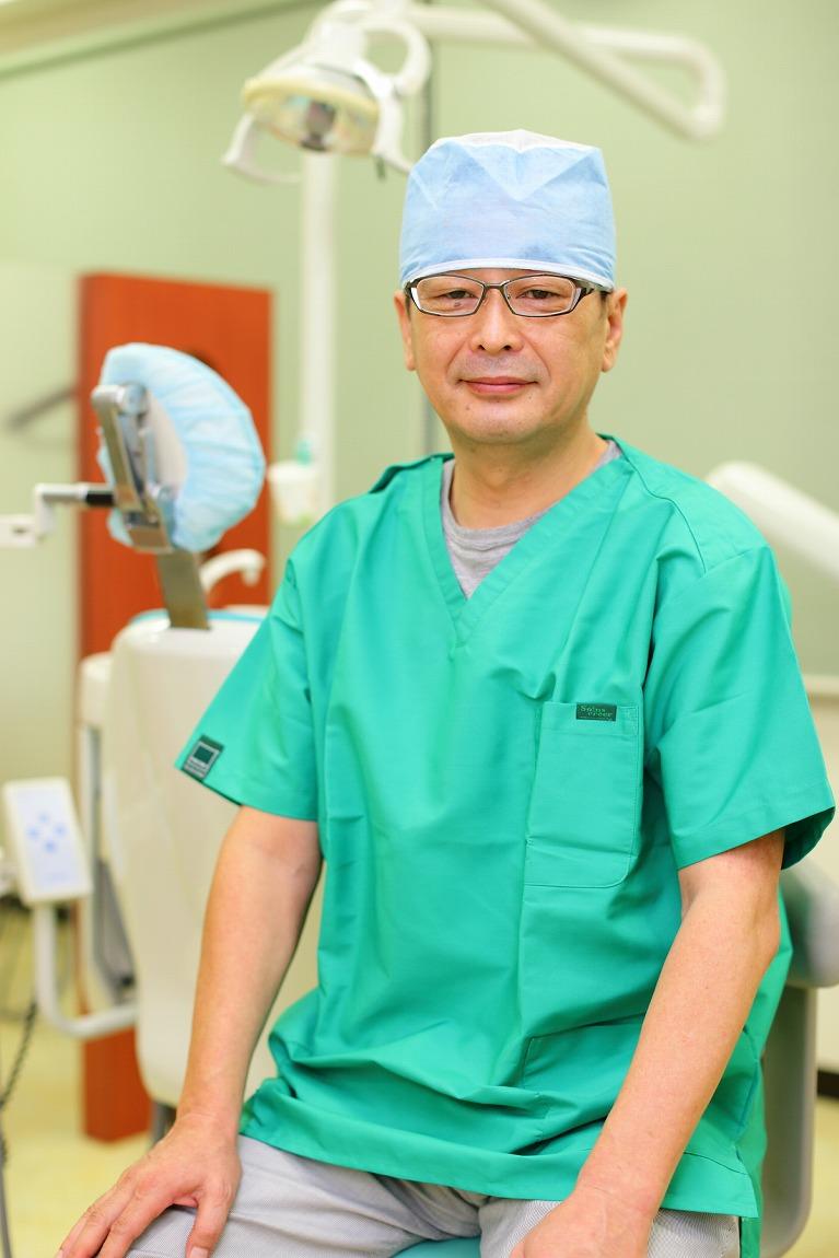 はじめまして。市岡歯科クリニック院長の市岡典篤です